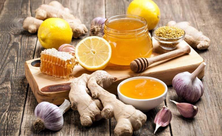 Trị bệnh viêm xoang bằng tỏi mật ong