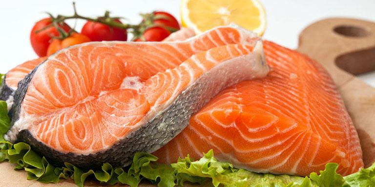 Nên ăn các loại cá biển khi bị viêm da dị ứng