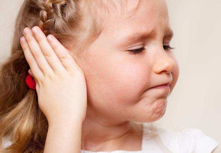 chữa viêm tai giữa bằng bấm huyệt
