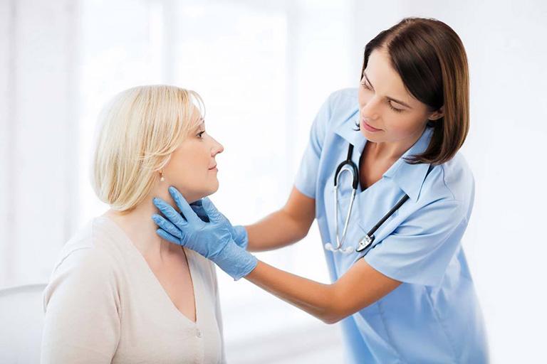Cần phải thăm khám kỹ lưỡng trước khi tiến hành chữa bệnh bằng phương pháp cấy chỉ
