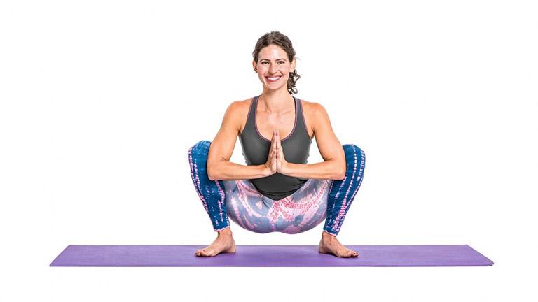 những bài tập yoga chữa bệnh trĩ