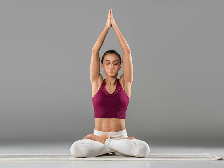 yoga chữa bệnh trĩ táo bón