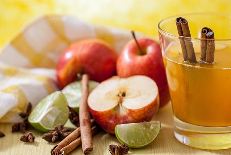 chữa viêm họng bằng quế và giấm táo