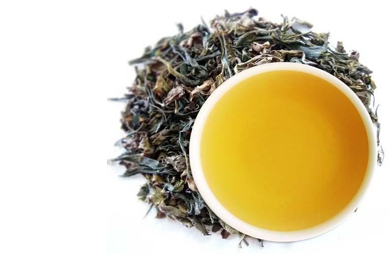 trà xanh trị bệnh viêm họng