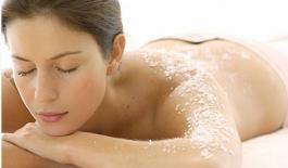 Áp dụng các cách tắm nước muối giúp trị ngứa, chữa dị ứng hiệu quả