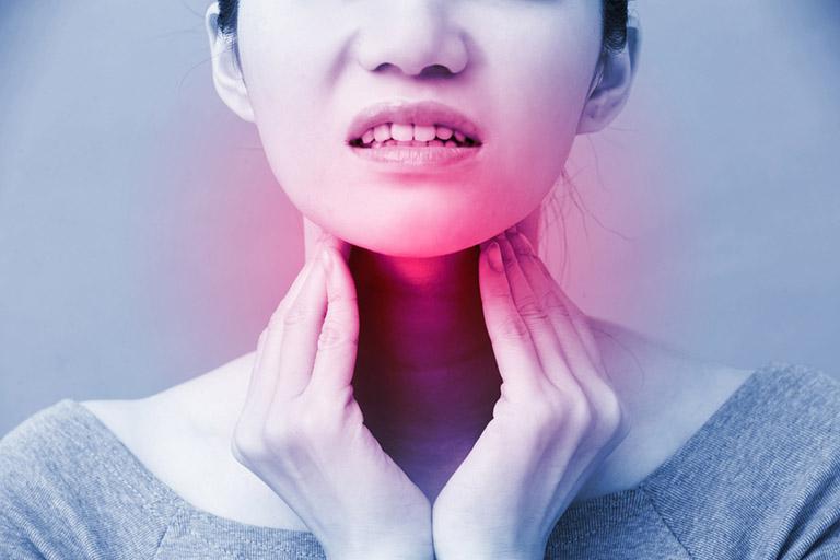 viêm họng hạt gây nổi hạch