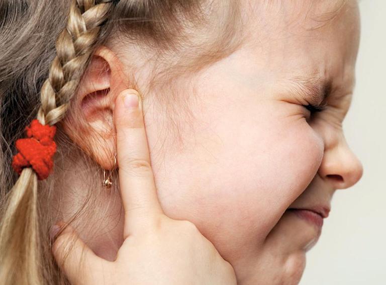 viêm tai giữa tái đi tái lại