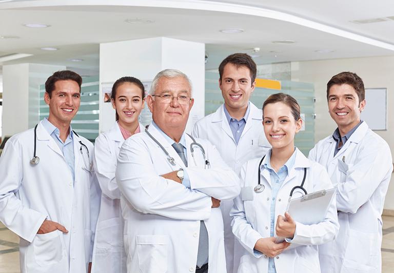 Bệnh viện Đa khoa Kwang Myung Việt Nam còn có sự góp mặt của những chuyên gia hàng đầu trên thế giới tham gia vào hoạt động chăm sóc và bảo vệ sức khỏe cho cộng đồng