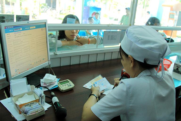Quy trình thăm khám và điều trị tại Bệnh viện Y học cổ truyền Trung ương