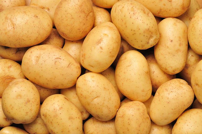 Chữa mề đay bằng khoai tây