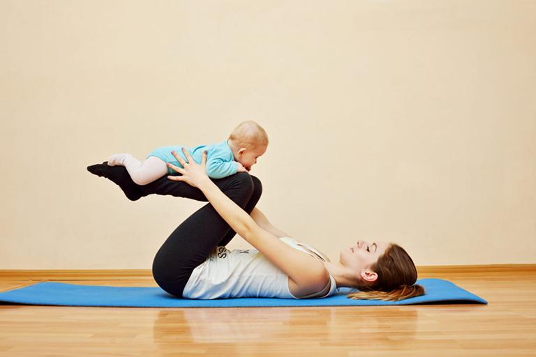 Những bài tập của yoga giúp đẩy lùi các triệu chứng của bệnh phong thấp sau sinh