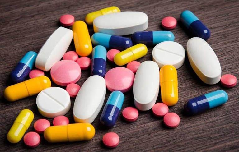 Hạn chế sử dụng thuốc Tây khi bị mề đay sau sinh