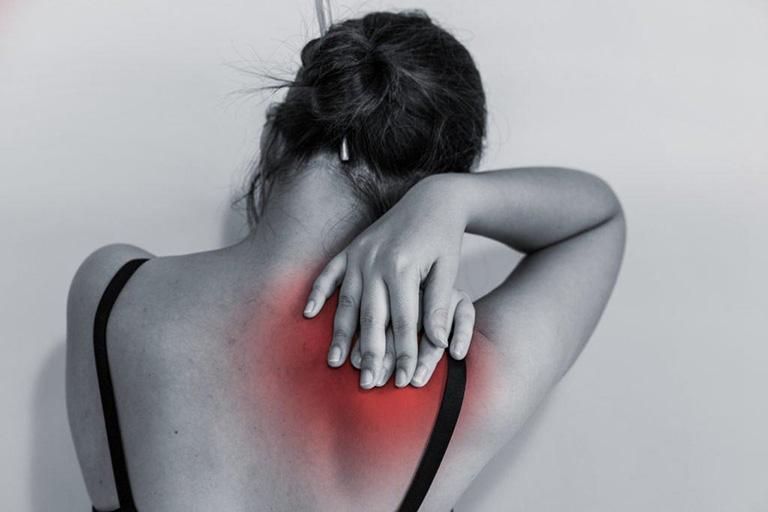 Tùy vào từng thể bệnh khác nhau mà các triệu chứng đau vai gáy cũng có sự khác biệt