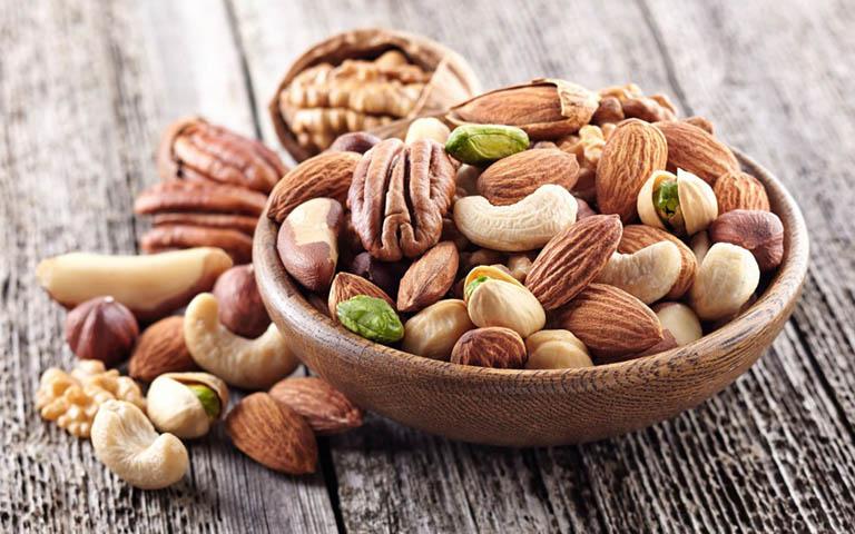 Trong thành phần của các loại hạt chứa nhiều chất dinh dưỡng, đặc biệt là kẽm rất tốt cho sức khỏe