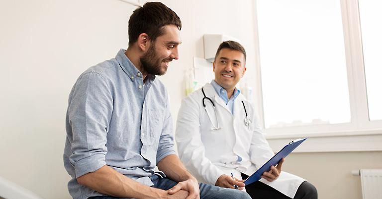 Nên đi khám bác sĩ để chữa trị sớm nếu bị yếu sinh lý