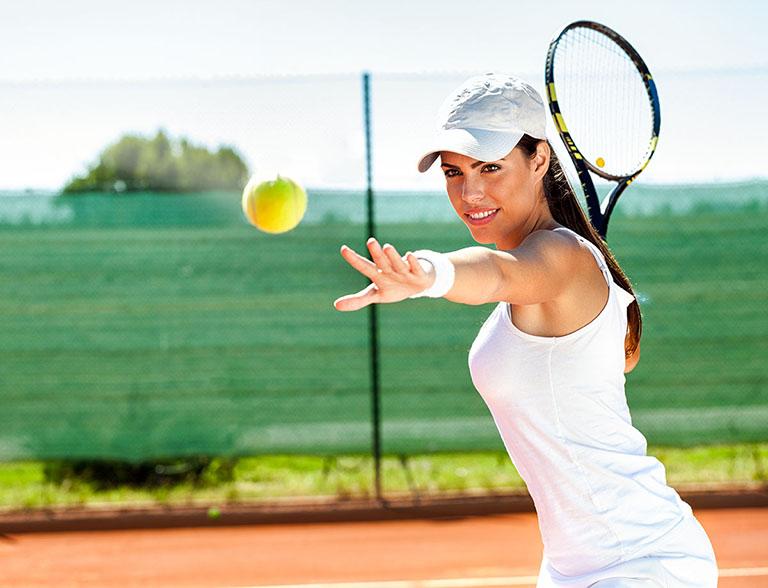 Những người thường xuyên chơi các trò chơi vận động khớp vai nhiều sẽ có nguy cơ bị bệnh cao hơn