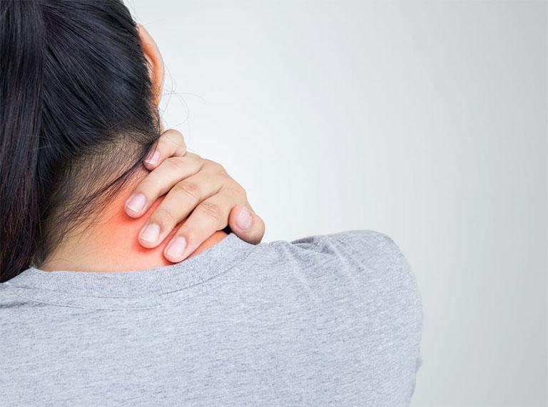 Bệnh đau vai gáy cần được điều trị càng sớm càng tốt