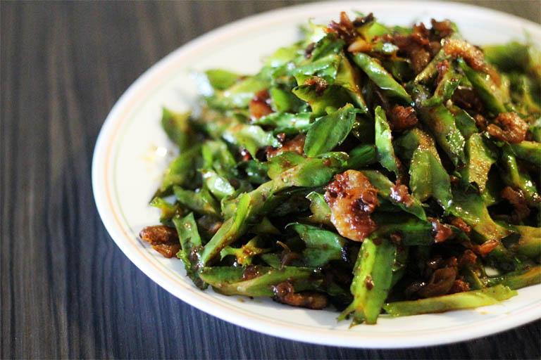 Ngoài công dụng cải thiện chứng đau dạ dày, các món ăn từ quả đậu rồng còn giúp bồi bổ cơ thể