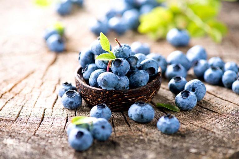 Sau cắt amidan nên ăn những hoa quả gì
