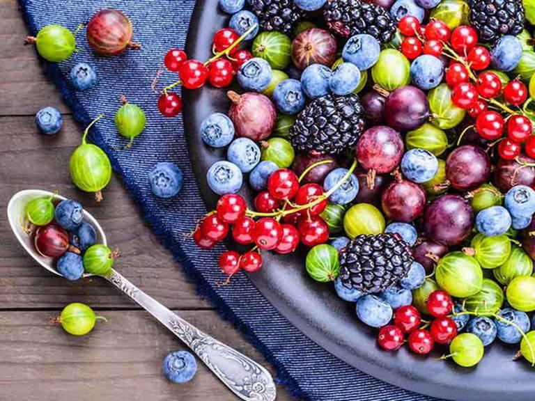 Sau cắt amidan nên ăn quả gì