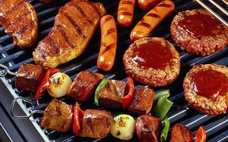 Không ăn thực phẩm chứa nhiều phốt pho như thịt đỏ và nội tạng động vật