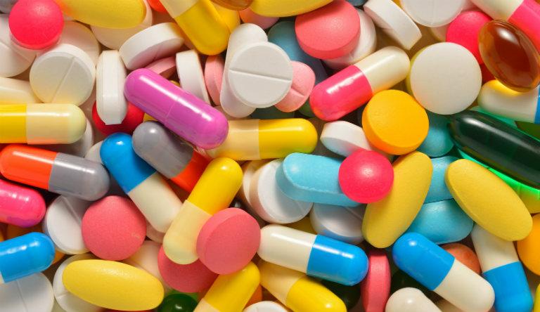 Tùy ở mỗi trường hợp bệnh nhân, bác sĩ sẽ chỉ định người bệnh dùng một số loại thuốc phù hợp để chữa chứng xuất tinh sớm.