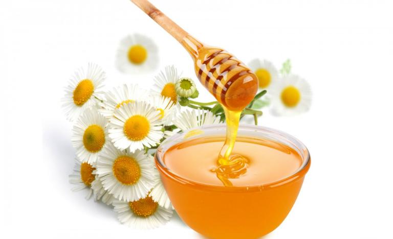 Khi dùng các bài thuốc từ mật ong và quất hấp mật ong, người bệnh cần cân nhắc kỹ lưỡng. Mật ong có thể làm giảm huyết áp.