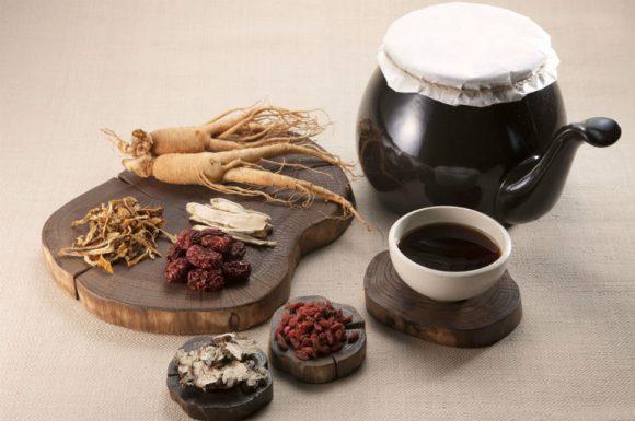 Thuốc đông y trị mề đay dị ứng từ dược liệu tự nhiên có cơ chế tiêu độc, trừ tà.