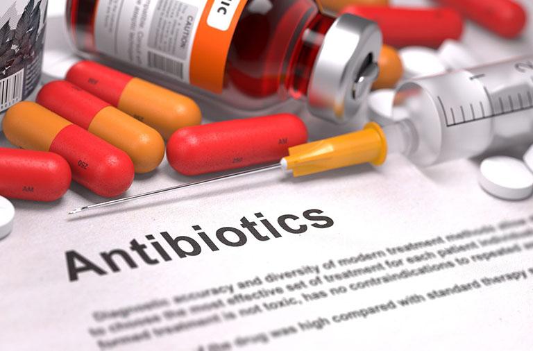Các nhóm kháng sinh chữa viêm xoang và những điều cần lưu ý