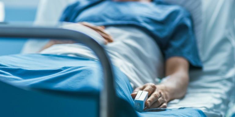 Trong quá trình phẫu thuật cắt amidan, bệnh nhân có thể gặp phải những rủi ro không lường trước được.