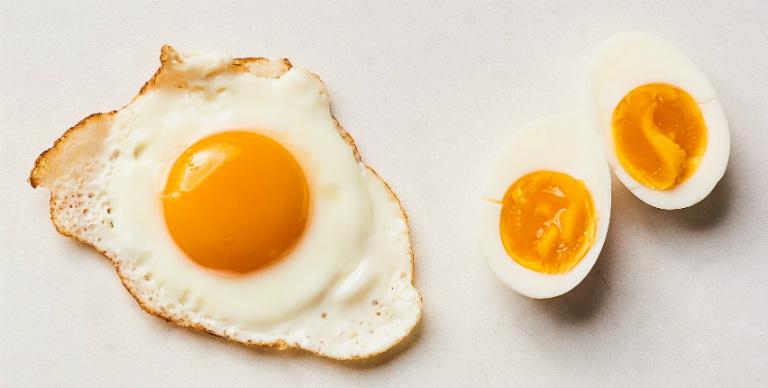 Nhiều bệnh nhân viêm đại tràng lo ngại, không biết nên ăn trứng hay kiêng kỵ.