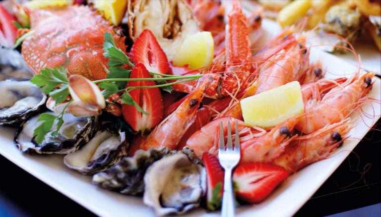 Người bệnh viêm xoang nên ưu tiên dùng các loại thực phẩm giàu chất kẽm, giàu chất kháng sinh tự nhiên.