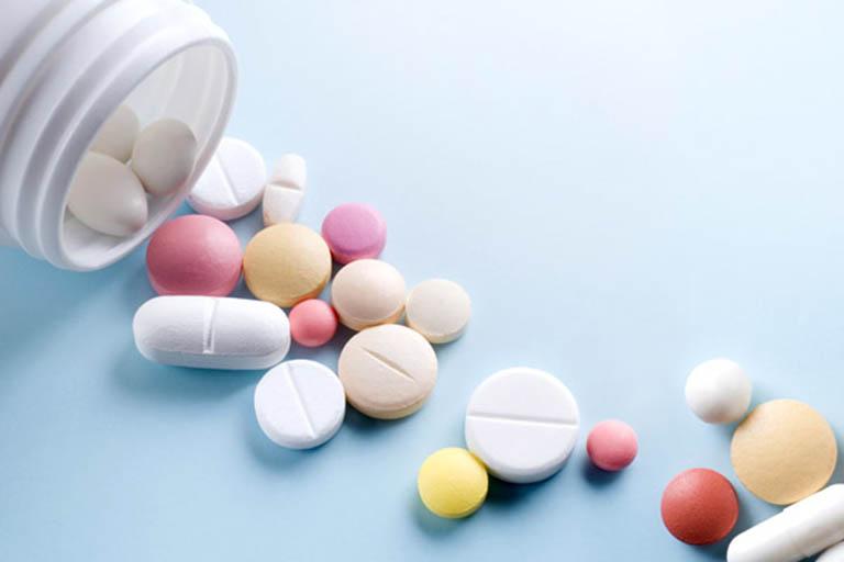 Sử dụng thuốc Tây điều trị zona thần kinh ở lưng