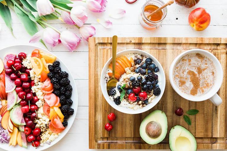 Bị đau dạ dày nên ăn gì buổi sáng để khỏe cả ngày?