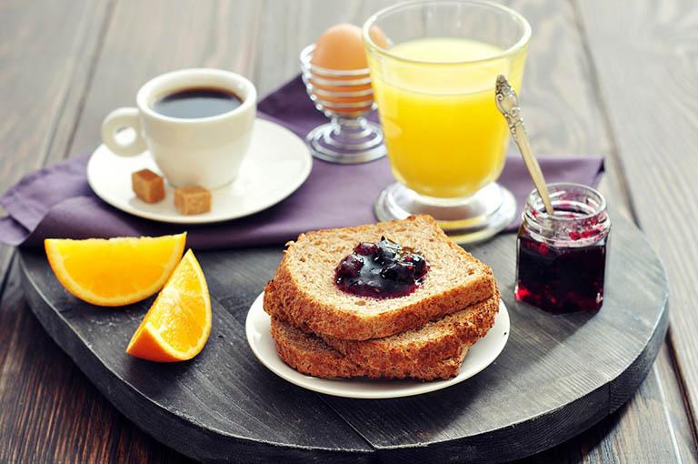 Thực đơn ăn uống vào buổi sáng cho người bị đau dạ dày