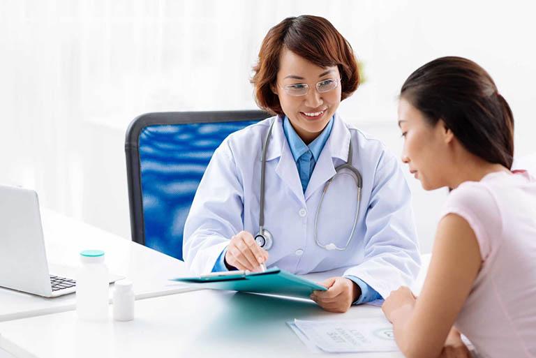 Nên trao đổi với các bác sĩ để được tư vấn kỹ hơn trước khi nội soi