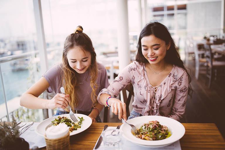 Thay đổi thói quen sinh hoạt và ăn uống