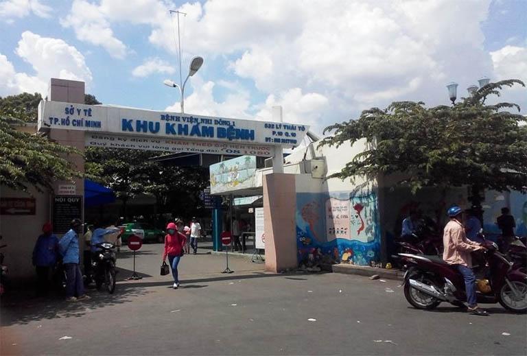 Bệnh viện Nhi đồng 1 khám chữa bệnh đau dạ dày cho trẻ em