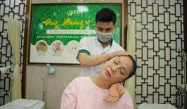 NSƯT Hương Dung trị liệu mất ngủ tại TT Thuốc dân tộc