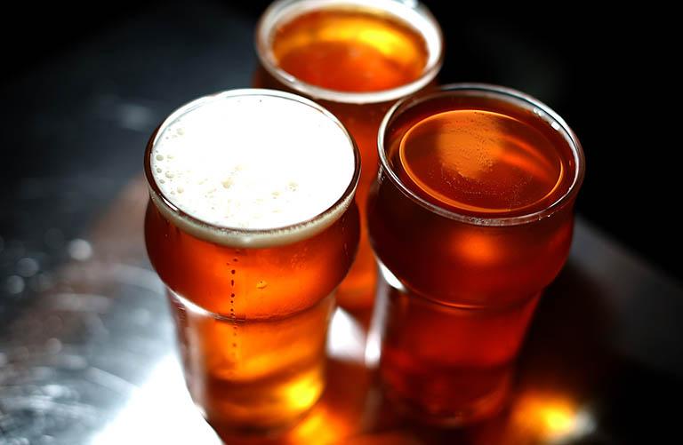 Hạn chế sử dụng đồ uống có cồn, thuốc lá và các chất kích thích