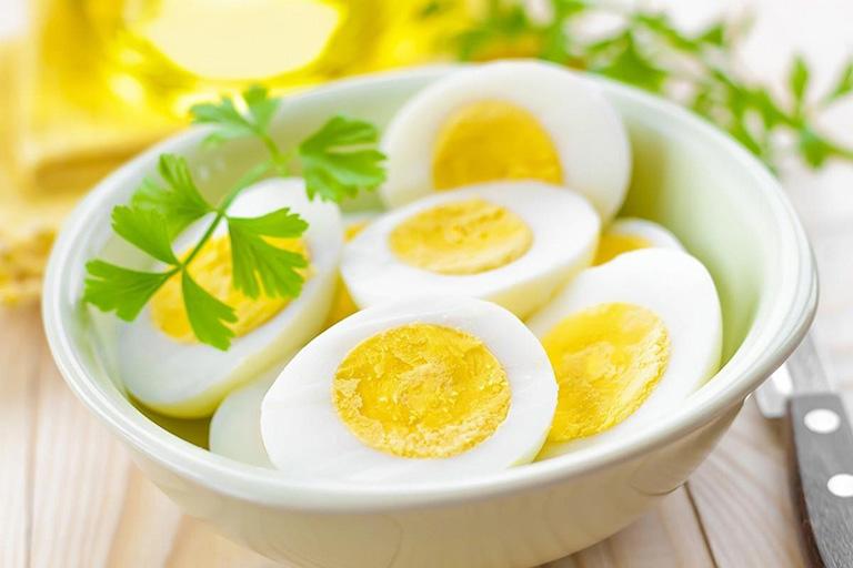 trào ngược dạ dày có nên ăn trứng