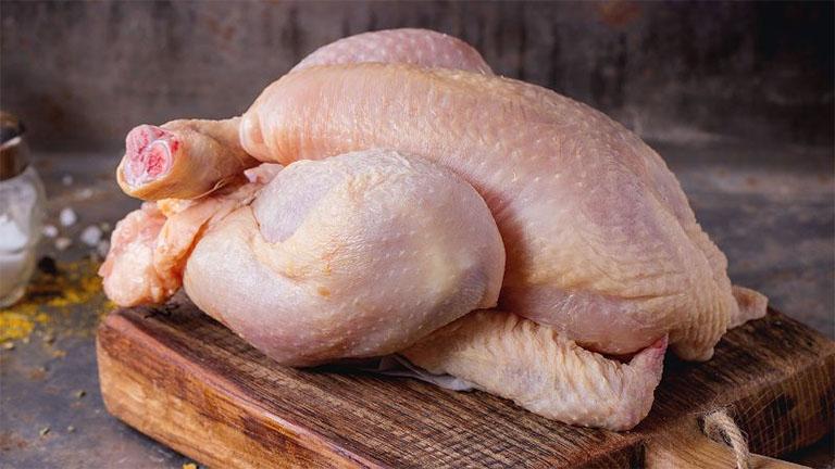 bị bệnh gút ăn thịt gà được không?