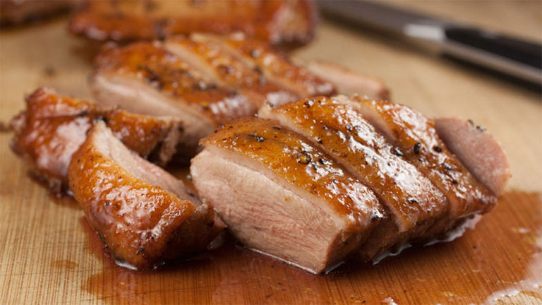 điều chỉnh chế độ ăn thịt vịt cho người bị bệnh gút cấp tính