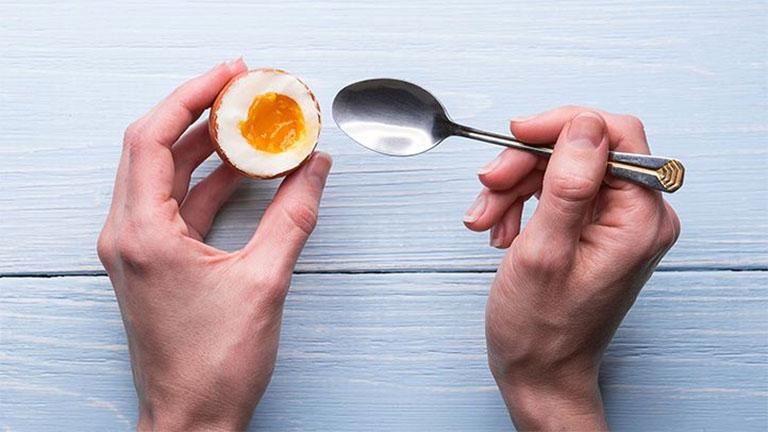 bị gút có nên ăn trứng không?