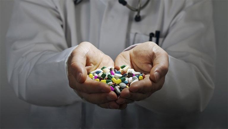 điều trị bệnh gút bằng thuốc Tây y