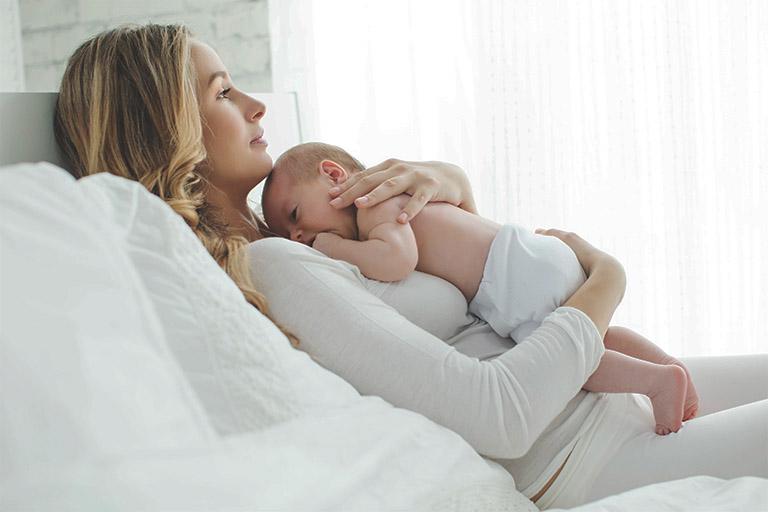 bệnh trĩ sau sinh có tự khỏi không