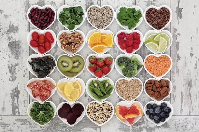 Xây dựng một chế độ ăn uống khoa học, đầy đủ chất dinh dưỡng
