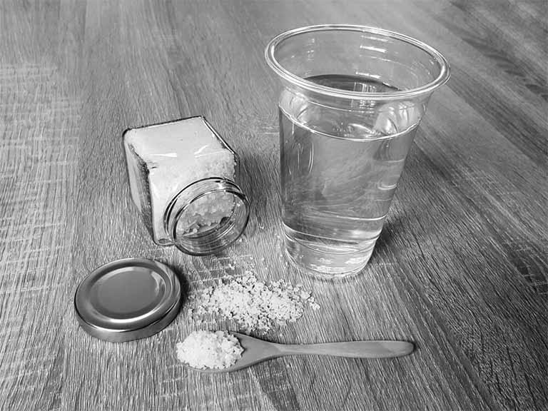 cách làm giảm cơn đau họng tại nhà