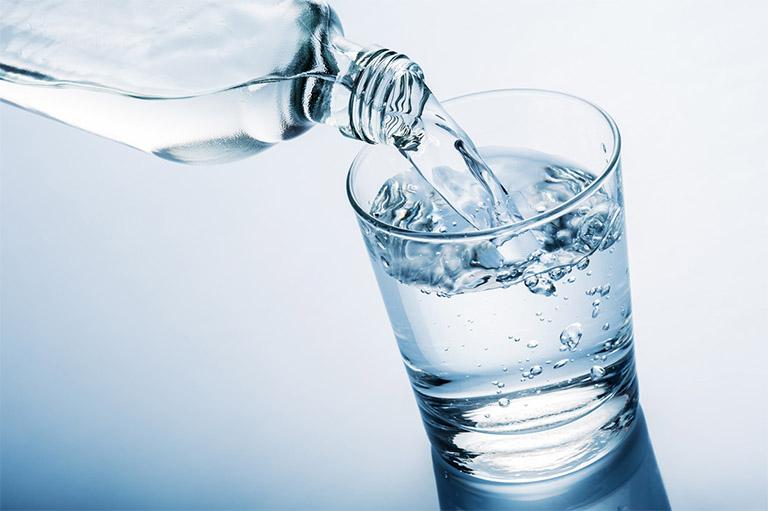 vai trò của nước đối với sức khỏe con người