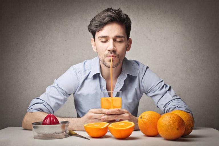 bị đau dạ dày nên uống nước cam, chanh khi nào?